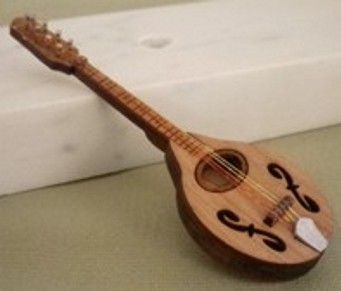 Mandolin+Kit+1+inch+scale+-+$12.00+:+S+&+S+Furniture+Company,+Makers+of+Tropical+&+Retro+Miniatures