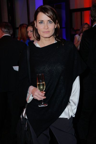 Anja Kling Photos Photos - Anja Kling attends the New Years Reception of the Sueddeutsche Zeitung at Humboldt Carre on January 18, 2016 in Berlin, Germany. (Photo by Christian Marquardt/Getty Images)  BERLIN, GERMANY - JANUARY 18: Hermann Groehe attends the New Years Reception of the Sueddeutsche Zeitung at Humboldt Carre on January 18, 2016 in Berlin, Germany. - 'Nacht Der Sueddeutschen Zeitung' New Year Reception