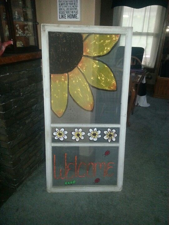 Painted screen....Now I have to find some window and door screens!!!! I love the Sunflowers on them!!!!