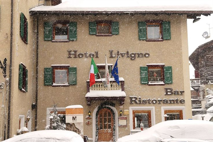 Get the Best Rates at  http://www.lowestroomrates.com/avail/hotels/Italy/Livigno/Hotel-Livigno.html?m=p  Located in Livigno (Valtelline Valley), Hotel Livigno is convenient to Livigno - Tagliede Gondola and Mottolino Gondola. This ski hotel is within close proximity of Teola Pianoni Bassi Ski Lift and San Rocco Ski Lift.  #HotelLivigno #Livigno #SkiResortsItaly