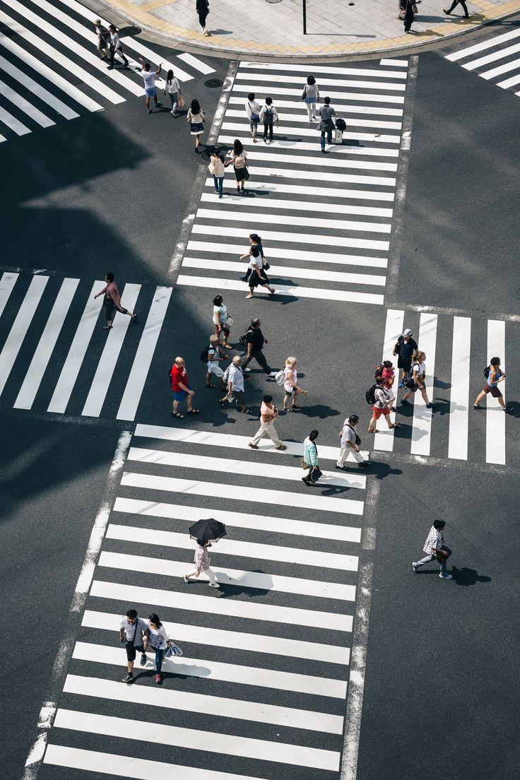"""Ginza, Tokyo - ©Yoshiro Ishii  <a href=""""https://instagram.com/446i/"""">INSTAGRAM</a> / <a href=""""http://446i.tumblr.com/"""">TUMBLR</a> / <a href=""""https://www.facebook.com/446ishii"""">FACEBOOK</a>"""