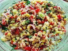 Μία πολύ νόστιμη και θρεπτική σαλάτα, κατάλληλη να συνοδέψει ψητό κρέας ή κοτόπουλο, σαλάτα με Πλιγούρι, Μέντα και Μαύρο Σουσάμι!