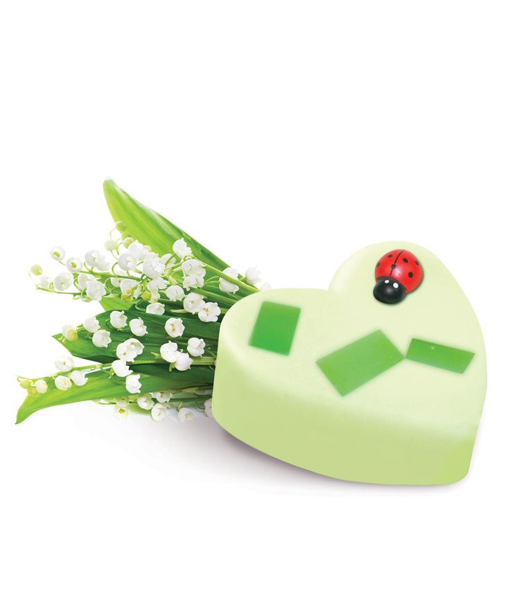 Small #Lily Green #soap The fresh  white & green soap takes you to the fields filled with lily of the Valley flowers.