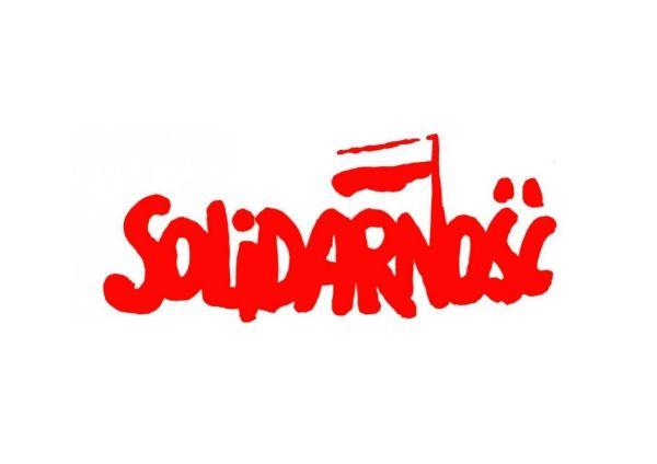 Le 31 août 1980, Lech Wałęsa fonde le syndicat Solidarność.