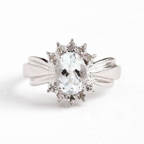 Estate Aquamarine Ring 10k White Gold Genuine Icy Light Blue Gem Diamond Size 6 1 2 Vintage 1 Carat Gem March Births Silver Topaz Gem Diamonds Blue Gems