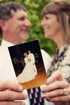 Is It Your 25th Wedding Anniversary? Here Are Some Tips for Renewing Your Vows. | I Do Take Two #vowrenewal #vows #anniversary