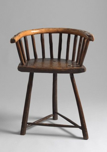 Sculptural three legged primitive horseshoe form Windsor chair, solid sycamore and ash,  English, circa 1770