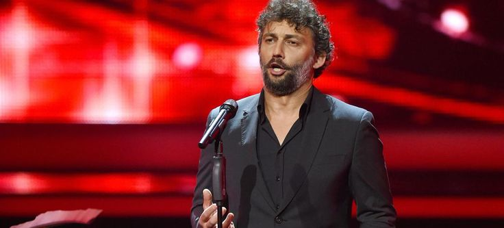 Jonas Kaufmann turned bluffing in a program dedicated to an unknown genre in France: the German-language operetta in the interwar period.