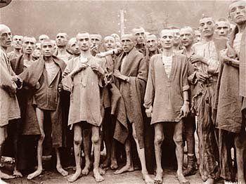 Españoles republicanos en el campo nazi de Mauthausen (1940).