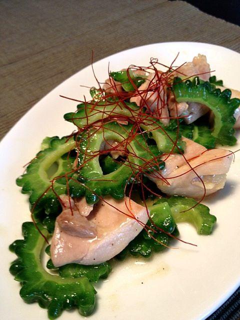 味付けは自己流ですが(^^;; この組み合わせおいしい♡ - 11件のもぐもぐ - okinawa1123さんの、ゴーヤーと鶏肉の中華炒め by nanako