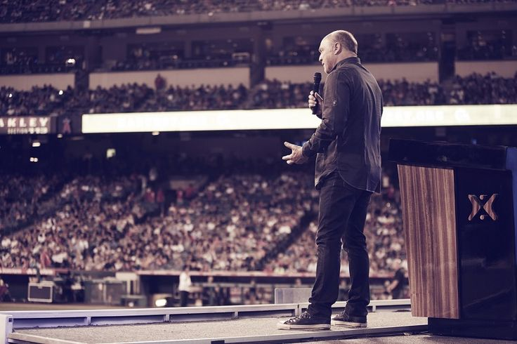 Greg Laurie's Harvest America: More Than 3,400 Churches, Theaters, and Living Rooms to Host Livestream From Dallas