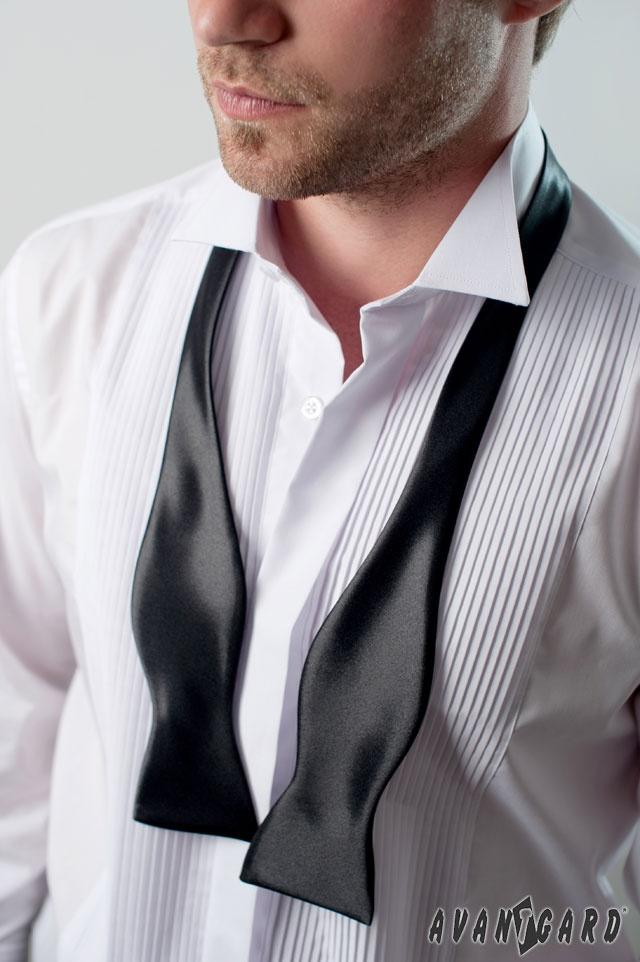 Fraková košile s plisováním a rozvázaný pánský vázací motýlek AVANTGARD