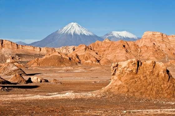 País abriga uma diversidade incrível de paisagens exóticas, como as praias do Pacífico, as geleiras ... - Shutterstock
