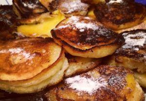 Яблочные колечки  Apfelküchle  #жареныеяблоки #яброкипоавстрийски #яблокивкляре #рецептыизяблок #яблочныедесерты #десерты