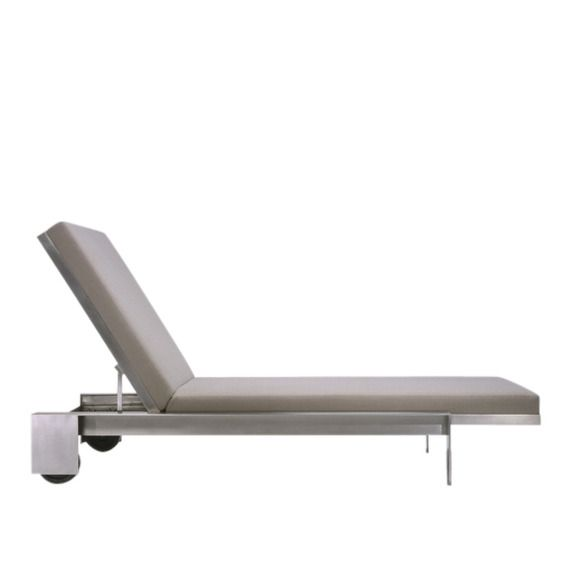 Indoor/Outdoor Chaise by Marmol Radziner