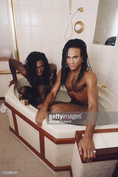 <3 04-12 Fab Morvan (left) and Rob Pilatus (1964-1998) of German group Milli Vanilli, London, 27 September 1988