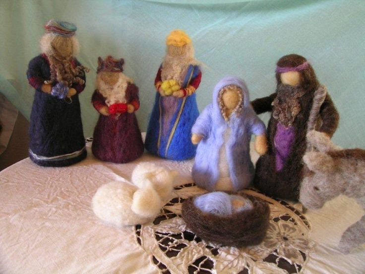 nativity scene - needle felt