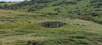 Resultado de imagen para casas subterraneas