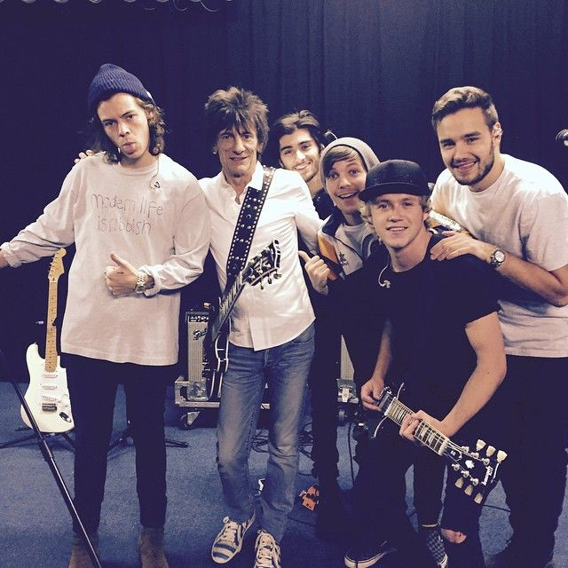 Ronnie wood with us in rehearsals for Xfactor ! What an experience that whole thing was ! Having  to chance to share the stage him was amazing, but as a fan of guitarists, the chance to play live with him was amazing ! Won't be forgetting these moments ever