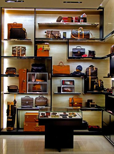 Louis Vuitton Boutique (store interior) photo 307 | Flickr - Photo Sharing!