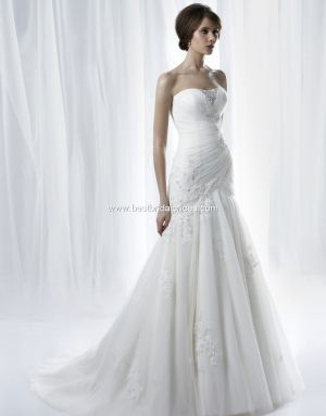 Anjolique Wedding Dresses, Fall 2011...I want it