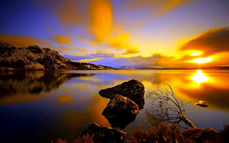 awesome Lake At Dusk Free Download Picture