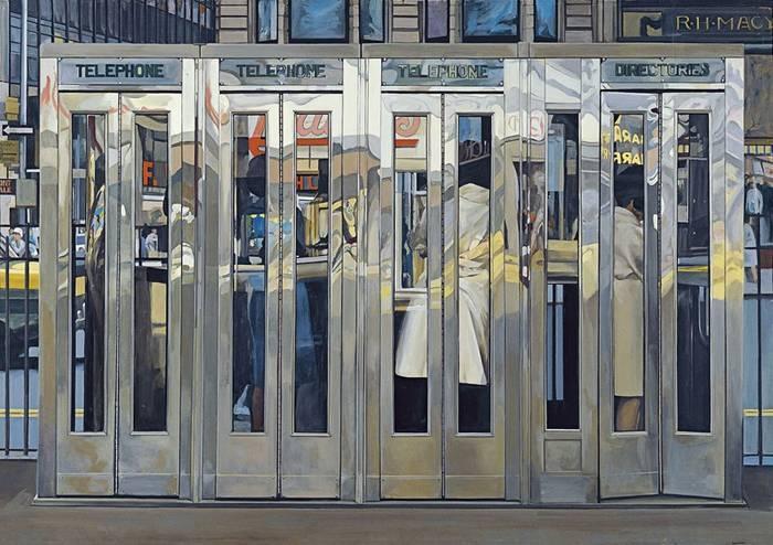 Richard Estes (*1932), Telephone Booths, 1967, Acryl auf Hartfaser, 122 × 175 cm, Museo Thyssen-Bornemisza, Madrid © Jacqueline Mabey / Courtesy Institut für Kulturaustausch
