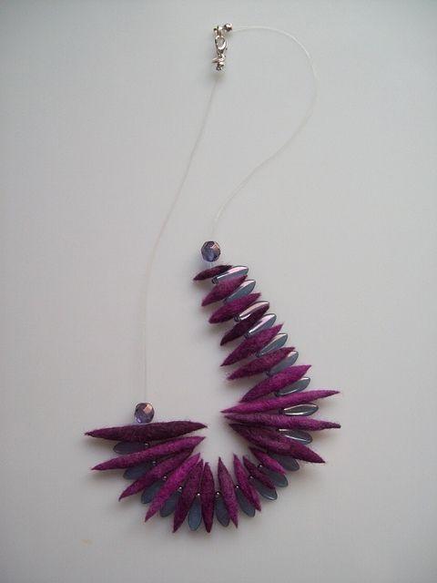 blackcurrant felt necklace   Flickr - Fotosharing! by minozadesign
