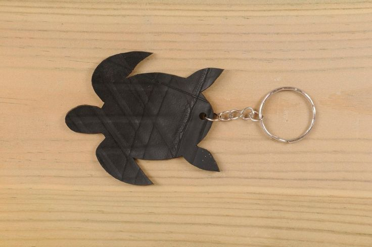 Turtle shaped key holder made of tire's inner-tube