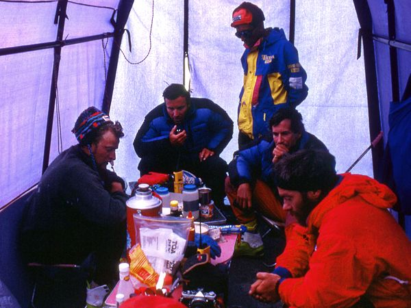 Mountaineer Ed Viesturs speaks via radio to climbers stuck in a storm on Mount Everest in 1996. Photograph by Robert Schauer - This Day in History: May 10, 1996: Death on Mount Everest http://dingeengoete.blogspot.com/