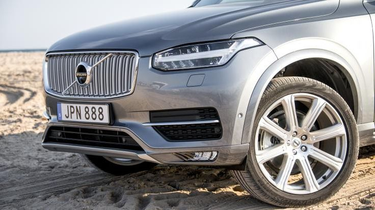 2016 Volvo XC90 T6 Inscription Front Fascia