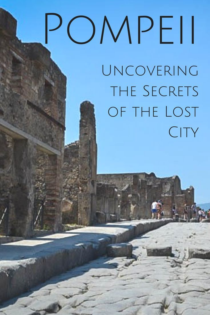 Pompeii is a fascinating archeological site which teaches us a lot about our humanity. Read here why you need to pay a visit here if you are in the Naples region and what treasures you can expect to find. #pompeji #italy #roman #ancientroman #ancientsite