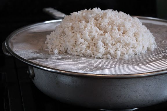 Use a Splatter Guard! How to Cook Sticky Rice the Easy Way and without a Steamer