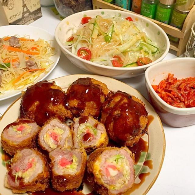 キャベツ、チーズ、紅生姜を豚肉で巻いてフライにしました(*^◯^*)ボリューム満点♪ - 23件のもぐもぐ - お好み肉巻きフライ  キムチ  青パパイヤ入り焼きビーフン  新玉ねぎとセロリのサラダ by 石川洋子