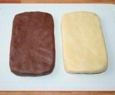 """Французское печенье """"Сабле"""" Очень вкусное французское печенье из самых обычных ингредиентов. Название печенья «Сабле» в переводе с французского означает «песок». Особенность этого печенья заключается в его нежной, рассыпчатой консистенции. А чтобы добиться консистенции, присущей печенью «Сабле», в тесто добавляют сваренный вкрутую яичный желток. Печенье «Сабле» бывает разных форм, с разными вкусовыми добавками.  Ингредиенты: Яйцо — 3 шт. Сливочное масло — 220 г Сахар коричневый универса"""