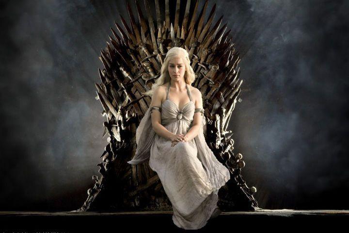 Gute Serien sind die neuen Filme! Drama, Fantasy wie Game of Thrones oder Horror wie The Walking Dead, GLAMOUR kürt die 20 besten Frauenserien ever.