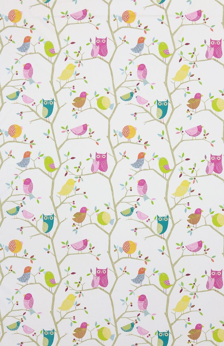 What a Hoot Lovlely children's wallpaper Available from Vanillainteriors.co.uk