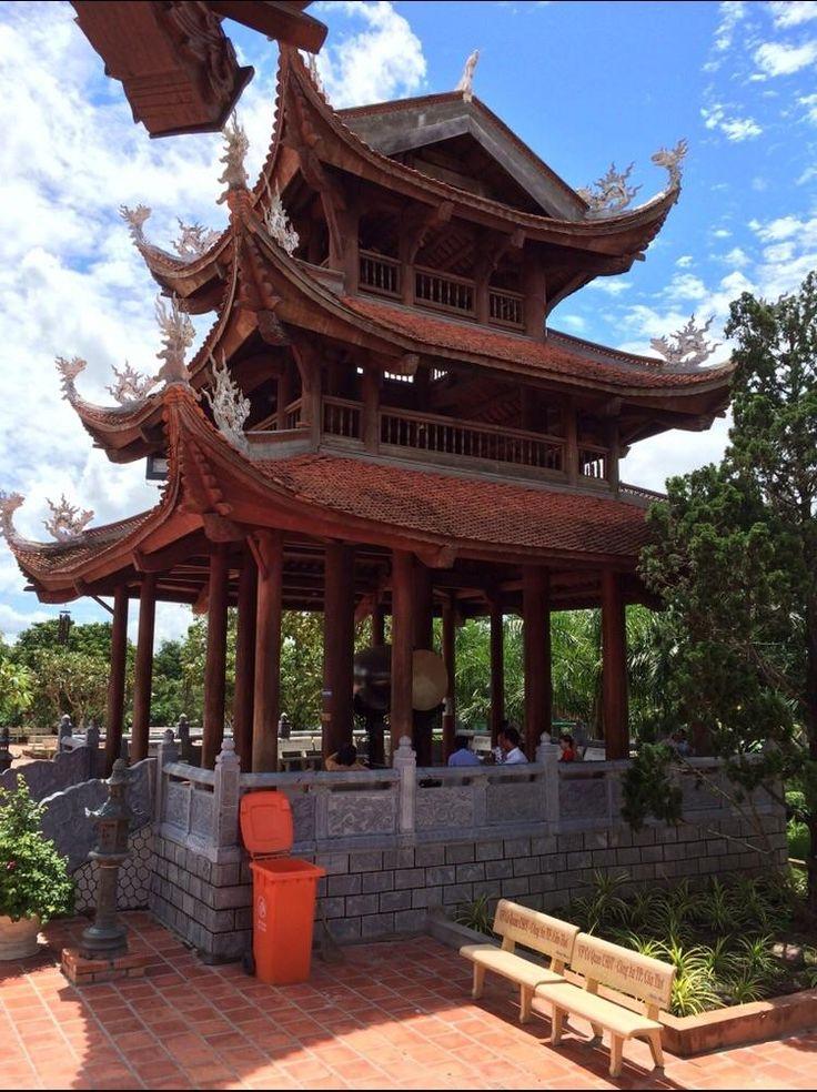 Visit to a Buddhist temple. Tra Vinh Vietnam. https://i.redd.it/3kkwvid0zw6z.jpg