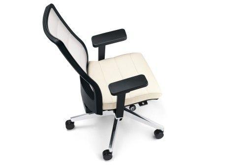 Interstuhl: AirPad office chair