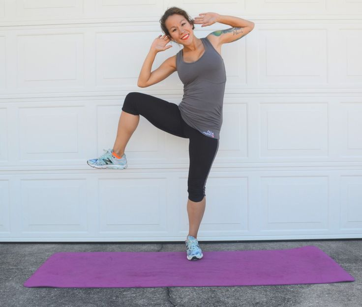 This move is great for working love handles during pregnancy and can safely be done throughout all trimesters