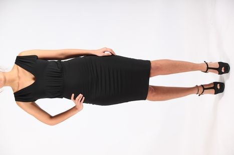 Zwarte strakke jurk - corrigerende jurk in Bamboo en elastan - ideale little black dress! Designed by Sena ecocouture