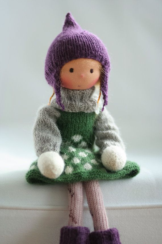 Knitted doll Meredith 14 by Peperuda dolls by danielapetrova
