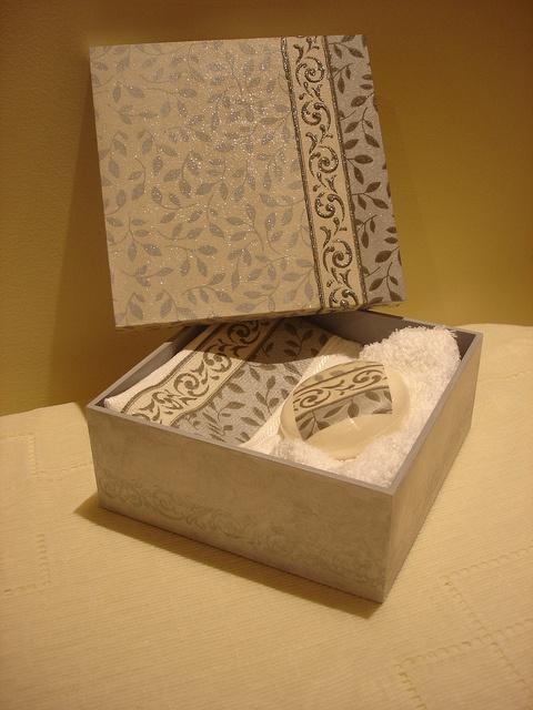 artesanato em madeira by dewanick, via Flickr