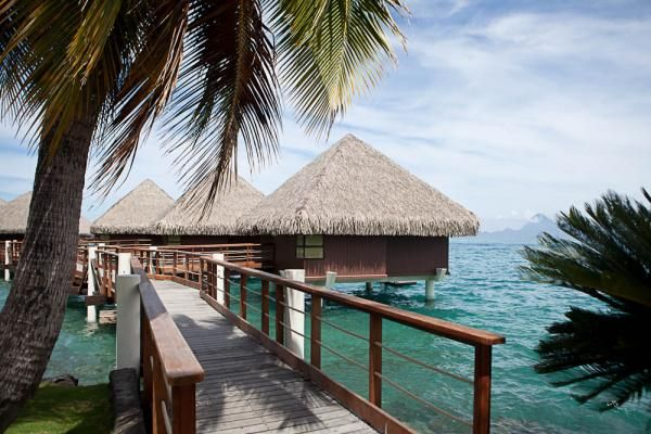 34 best Overwater bungalows images on Pinterest | Vacation ...