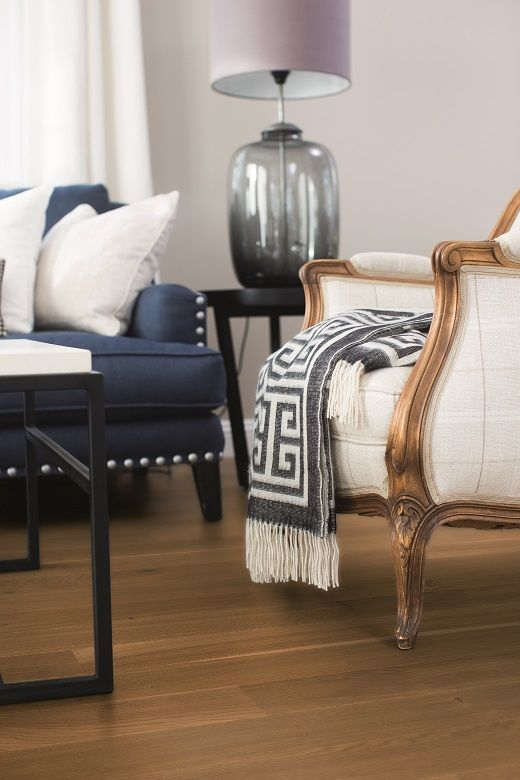 The Classic Elegance style is elegant, quiet, orderly, with expressive objects. BOEN Parkett.