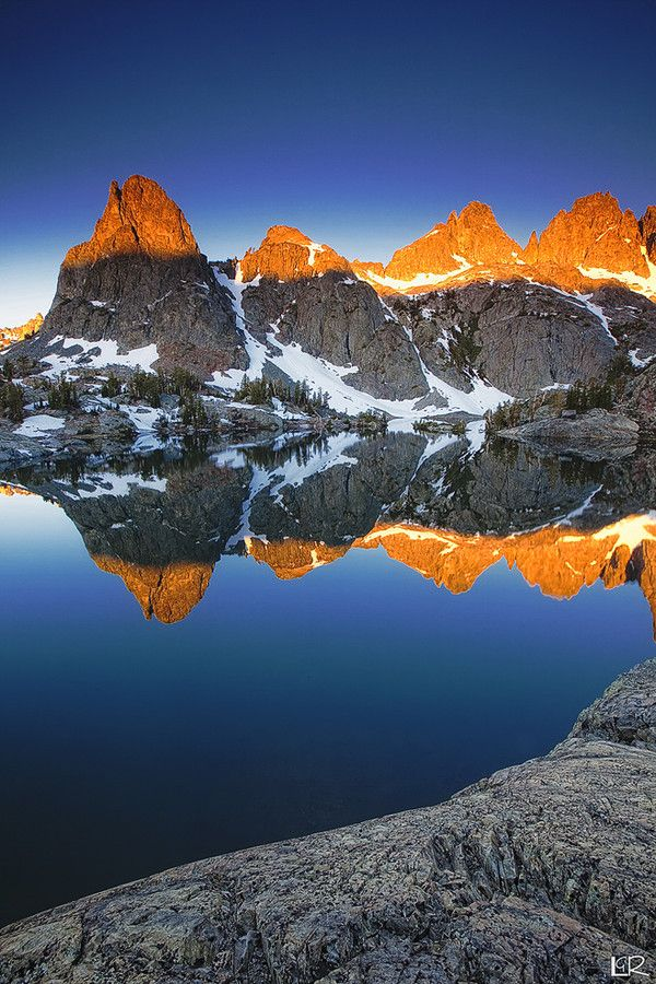 ~~Minaret Lake ~ Sierras, Mammoth Lake National Park, California by Laszlo Rekasi~~: Photos, Minaret Reflection, Mammoth Lakes, America, Minaret Lakes, Lakes National, National Parks, Mammoth California, Lakes Landscape