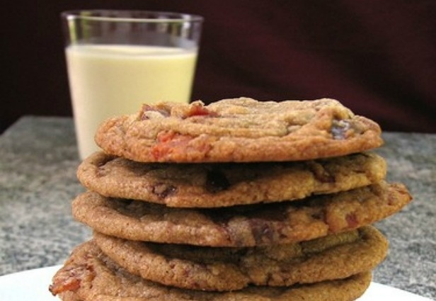 mmmm: Chocolate Chips, Recipe, Sweet, Bacon Chocolate, Food, Bacon Cookies, Brown Butter, Chip Bacon, Chocolate Chip Cookies