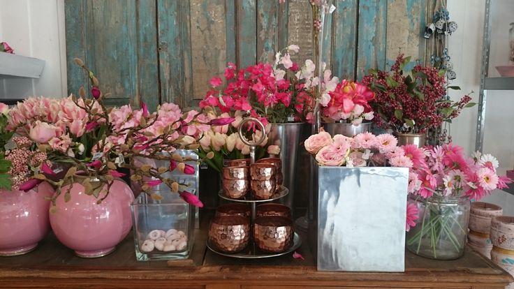 Kleurenpracht bloemen en vazen | VIA CANNELLA WOONWINKEL | CUIJK