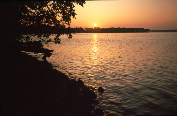 43 best images about iowa 39 s top lakes on pinterest for Lake okoboji fishing