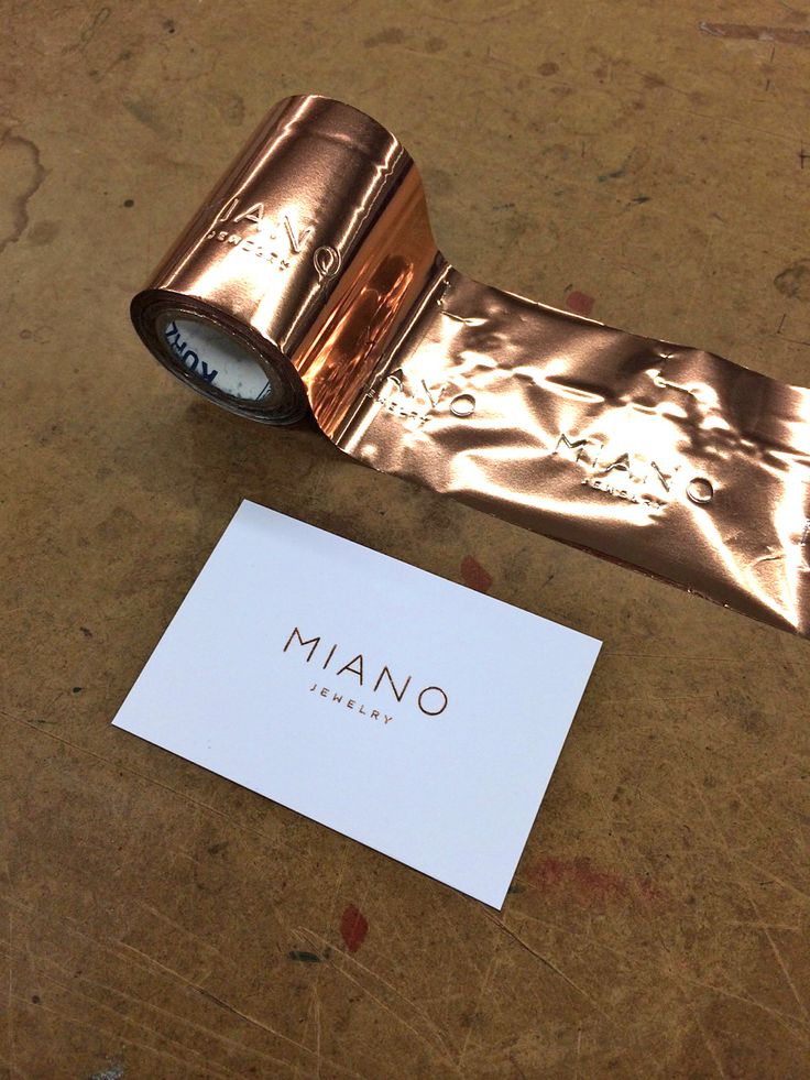 Hot foil business cards by polyprint24.be